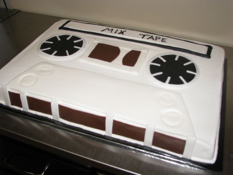 Mix tape cake