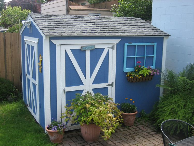 And I think my shed would make the most awesome chicken cook ever.