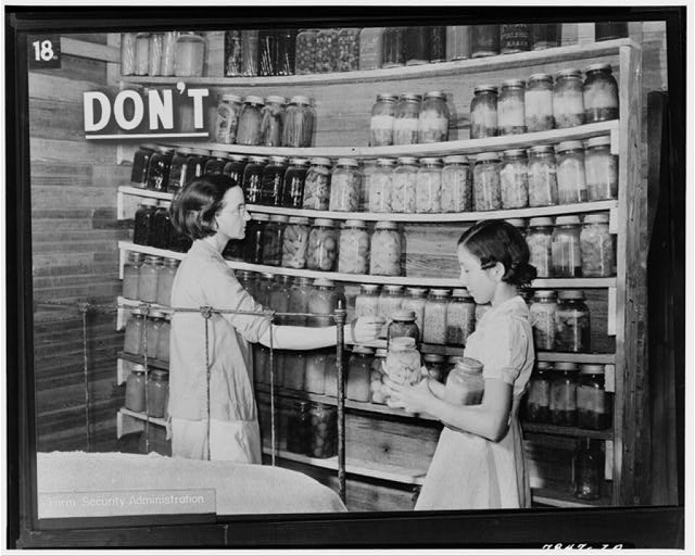 Sagging-pantry-shelves-from-FSA-1940