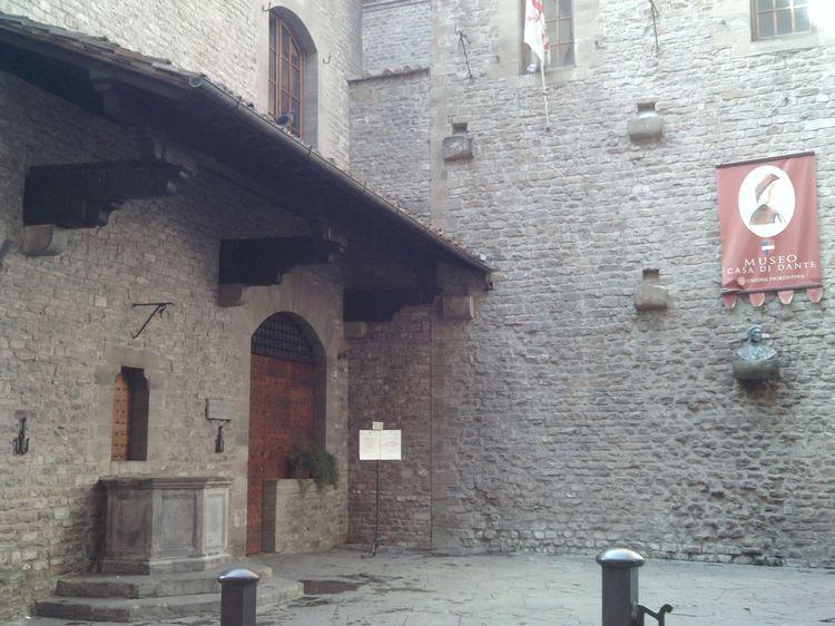 Dantes house